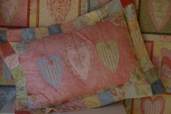 Sweethearts in May Pillow Sham