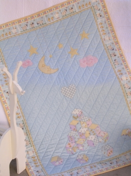 Sweet Dreams Cot Quilt