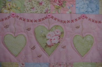 A Summer Love Affair Queen Size Quilt image