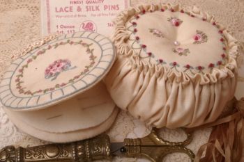 Fifi's Sewing Accessories image
