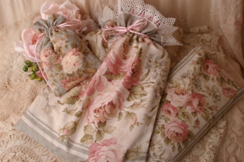 Elegant Roses Pamper Package