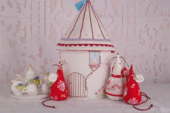 The Mouse House ~ Special Price