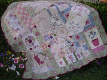 Phoebes Garden New Quilt-Gate ~ Special Price