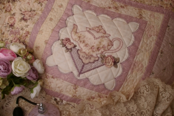 An Earl Grey Moment ~ New Fabrics Mauve Colourway