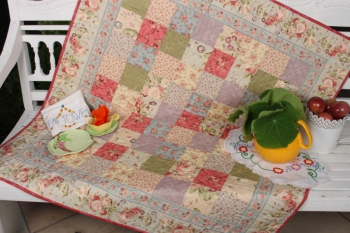 Country Garden Charm Quilt ~ Peach Version image
