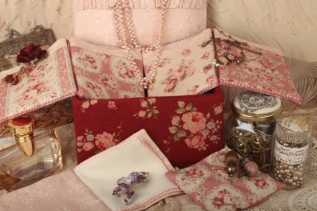 Edwardian Trinket Box with FREE THREADS & EMBELLISHMENTS~ SUPER SPECIAL image