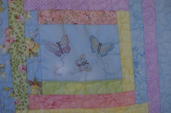 A Summer Love Affair Single Bed Quilt EXTRA SPECIAL PRICE image