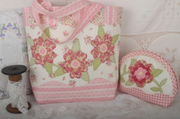 Breath of Spring Little Tote Bag ~ Pink
