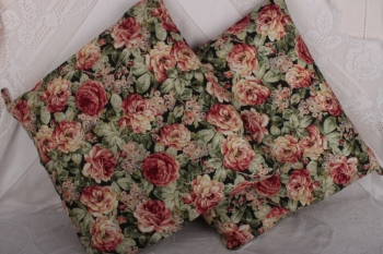 QG Large Sumptuous Rose on Green SOLD OUT image