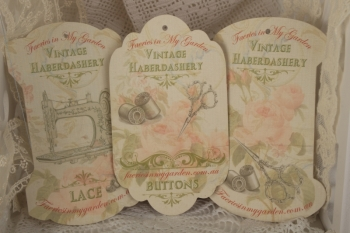 Vintage Habby Set Three Lace Button General image