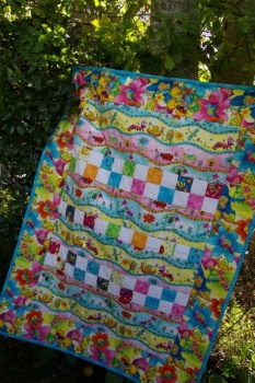 Baby Bugs Cot Quilt