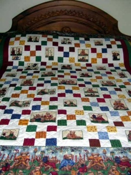 Bear in the Square Single Bed Quilt image
