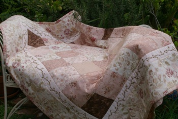 Rose Garden Quilt in Misty Mauve Gentle Flowers Fabric image